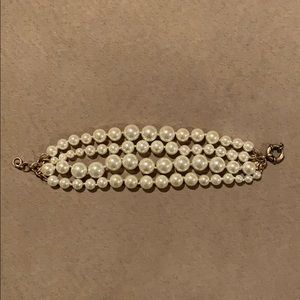 Jcrew multi strand pearl bracelet EUC antique gold